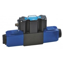 Eaton Electrical - 02-135162 - 8.647 x 1.81 x 3.589 Proportional Hydraulic Directional Valve