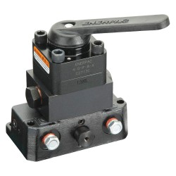 Enerpac - VMC10600D - 4 Way Mounted 4 Way Mounted Valve with 3/8-18NPTF Port Size