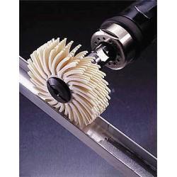 Scotch-Brite - 30098 - 3 Radial Bristle Disc, Sealant Removal, Arbor, Package Quantity 40