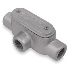 Thomas & Betts - T37CG-TB - T-Style 1 Conduit Outlet Body with Cover, Threaded Iron, 16.9 cu. in.