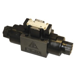 Chief - D05S-2B-115A-35 - 9.43 x 2.76 x 4.29 Solenoid Operated Hydraulic Directional Valve