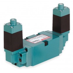 Numatics - 554BB600MT00061 - 1/2 24VDC 4-Way, 3-Position Solenoid Air Control Valve