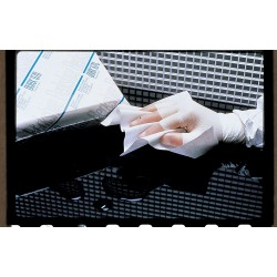 """Berkshire - DR670.0909.20 - Cleanroom Wipe, 9"""" x 9"""", 300 Wipes per Container, 1 EA"""