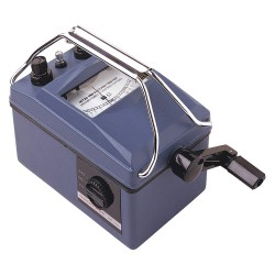 UEi Test Instruments - IRT20 - Analog Hand Cranked Megohmmeter; Insulation Resistance Range: 0 to 1000 megohms