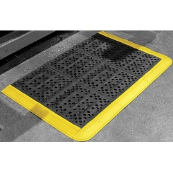 Wearwell / Tennessee Mat - 544 - Interlocking Drainage Mat, Vinyl, Black with Yellow Border, 2 ft. 6 x 2 ft. 3, 1 EA