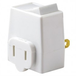 Leviton - 1469-W - Leviton 1469-W 13 Amp, Plug-In Switch Tap, White
