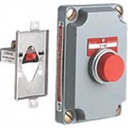 Hubbell - XCS-0B3 - Hubbell-Killark XCS-0B3 Cli Blk Pb 1univ Cont Cv (cs)