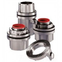 Eaton Electrical - STAG11 - Cooper Crouse-Hinds STAG11 Conduit Hub, Type: Grounding, Insulated, Size: 5, Aluminum