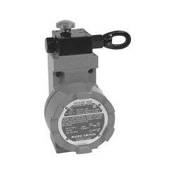 Honeywell - CLSXE1A - Grabwire Switch, 66.6 m, SPST-NC, 600 V, 10 A, 250 V, 10 A