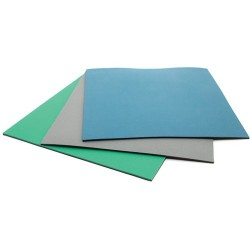 Botron - B628240 - Two Layer Dissipative Rubber Table Mat, Green, 24 x 40 ft.