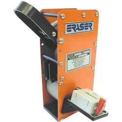Eraser - WMMU AR0640 - Wire and Cable Meter Reading in 1/10 Meters to 9, 999.9 Meters, Urethane Rollers