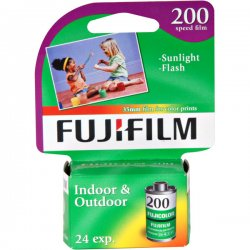 Fujifilm - 15719395 - Fujifilm Superia 200 35mm Color Film Roll - ISO 200