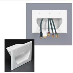 L-Com Global Connectivity - DC-45-0003-WH - 3 Gang Recessed Cable Plate White