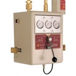 """Western Enterprises - BI-5-4 - Western BI Series Helium 1/2"""" NPT Male X 65"""" Automatic Changeover Wall Mount 4 Cylinder Manifold With CSA Approved Power Supply, CGA-580"""