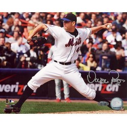 Steiner Sports - PEREPHS008000 - Oliver Perez 2008 Home Pitching vs Phillies 8x10 Photo