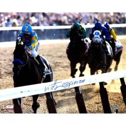 Steiner Sports - ESPIPHS016008 - Victor Espinoza Signed American Pharoah Final Stretch Close Up 2015 Belmont Stakes 16x20 Photo