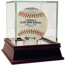 Steiner Sports - 2014NYYBAU00025 - Twins at Yankees 6-01-2014 Game Used Baseball MLB Auth