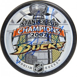 Steiner Sports - GETZPUS000004 - Ryan Getzlaf Anaheim Ducks Signed 2007 Stanley Cup Puck (AJ Sports Auth)
