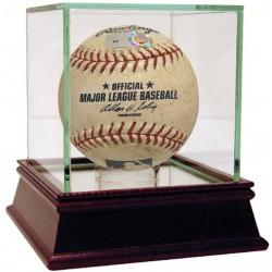 Steiner Sports - 2014NYYBAU00057 - Indians at Yankees 8-10-2014 Game Used Baseball MLB Auth HZ306365 - 391