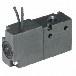 Parker Hannifin - XM30VBG45A - Parker Hannifin XM30VBG45A 2-Position, 3-Way Body Ported Valve; -14.7 to 15psig; 12VDC