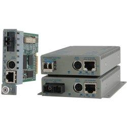 Omnitron - 8922N-0-A - Omnitron Systems 8922N-0-A Media Converter - 1 x RJ-45 Network, 1 x SC Duplex Network - 10/100/1000Base-T, 1000Base-X - External