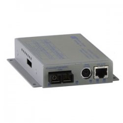 Omnitron - 8902N-0-D - Omnitron Systems iConverter Fast Ethernet Media Converter - 1 x RJ-45 , 1 x SC - 10/100Base-TX, 100Base-FX - Wall-mountable